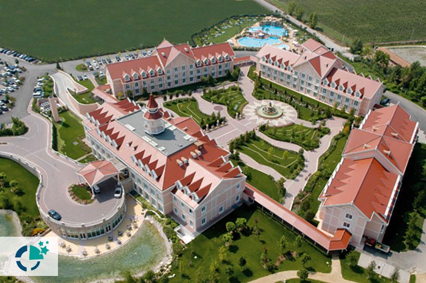 Gardaland-Resort-Hotel01-ThemingLeisure